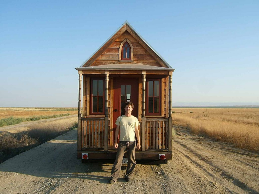 tiny homes simple shelter lloyd kahn tumbleweed home