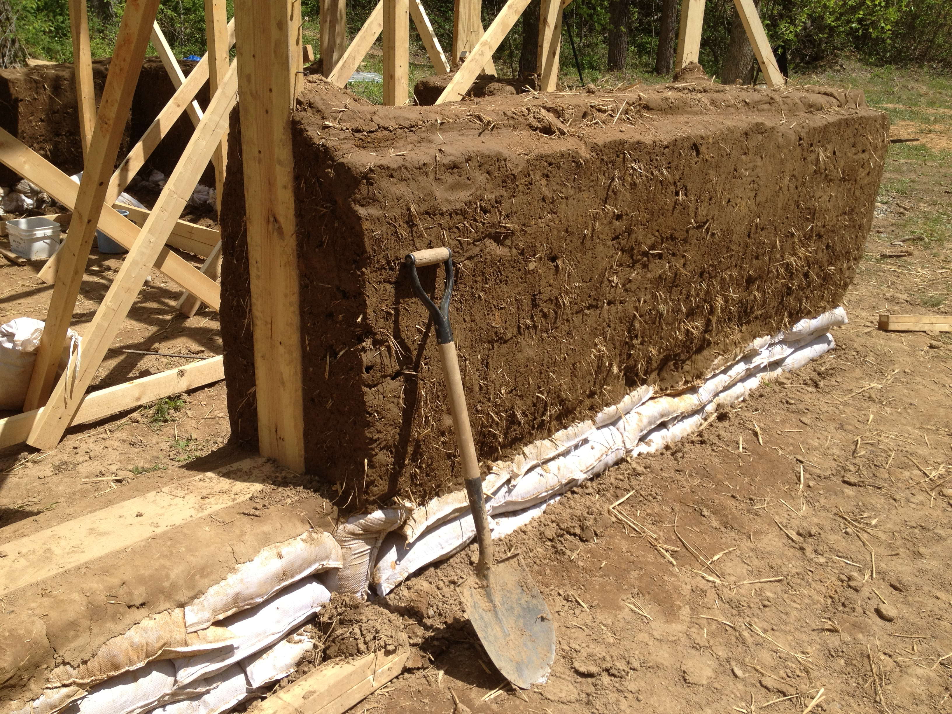 Cob house construction architectural designs for Contractor to build a house