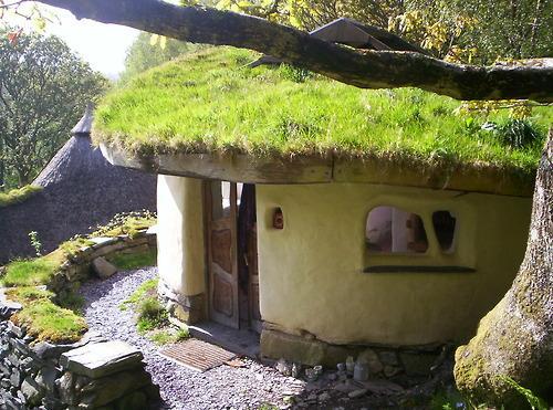 Admirable 14 Characteristics Of Cob Homes This Cob House Wiring Database Mangnorabwedabyuccorg